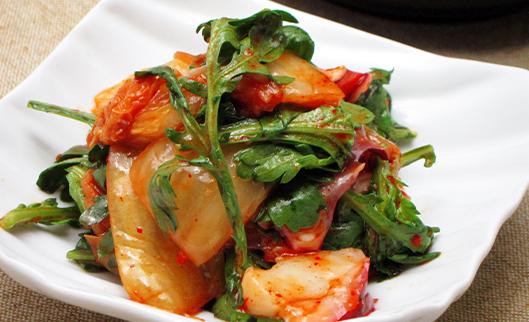 蛸と春菊のおつまみサラダ