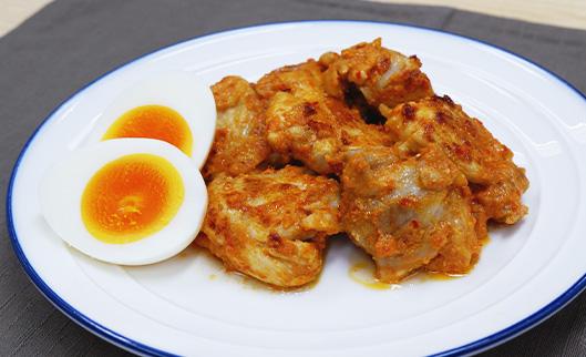 鶏もも肉のピリ辛焼き(卵のぬか漬)