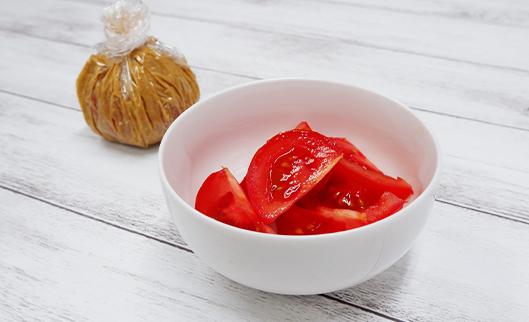 かんたん糠床 使い方「トマトのぬか漬」